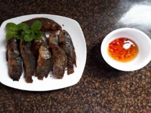 Cách làm món cá rô đồng rán thơm giòn ngon cơm chỉ với 4 bước cực đơn giản