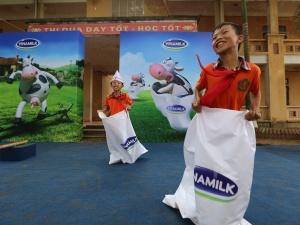 Trao 66 ngàn ly sữa cho trẻ em tỉnh Vĩnh phúc nhân dịp tết Trung thu