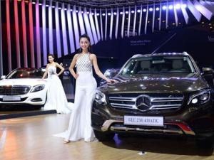 Mercedes-Benz cập nhật giá bán mới nhất cho các mẫu xe tại thị trường Việt Nam