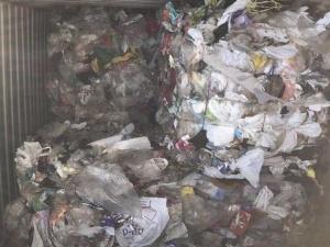 Kiểm tra toàn bộ 2.500 container tồn đọng tại cảng Cát Lái