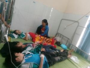 Tin mới nhất vụ hàng chục học sinh nhập viện sau khi uống sữa đậu nành Vinasoy