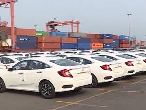 Ô tô nhập khẩu vào Việt Nam tăng mạnh trong tháng 5