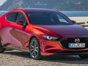 Giá chỉ từ 766 triệu đồng, Mazda3 2019 được trang bị những gì?