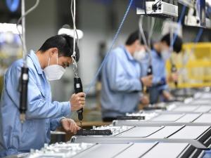 Một số giải pháp nâng cao năng lực cho doanh nghiệp vừa và nhỏ Việt Nam