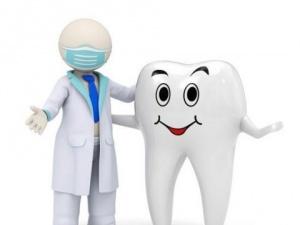 Thận trọng khi dùng thuốc tẩy trắng răng tại nhà