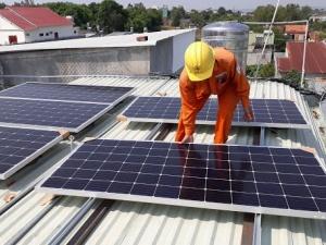 Tìm lời giải bài toán quản lý chất lượng pin năng lượng mặt trời
