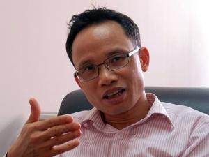 TS. Cấn Văn Lực: 'Cần nghiên cứu về gói hỗ trợ mới'