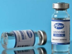 Vaccine Pfizer ít tác dụng phụ nhờ sử dụng công nghệ đặc biệt gì?