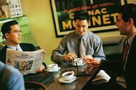 Uống nhiều cà phê có thể gây són tiểu