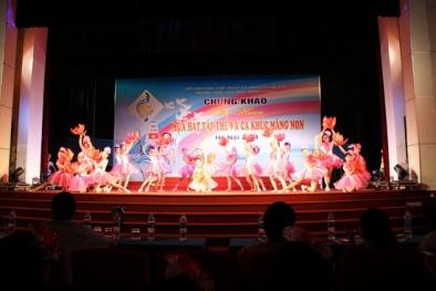 Phú Xuyên gây ấn tượng với chủ đề 'Mái trường với biển đảo quê hương'