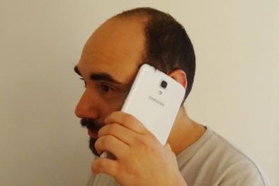 Lợi nhuận Samsung sụt giảm vì những chiếc smartphone 'kì quặc'