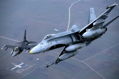 Mỹ quan ngại Nga triển khai các máy bay quân sự ở Crimea