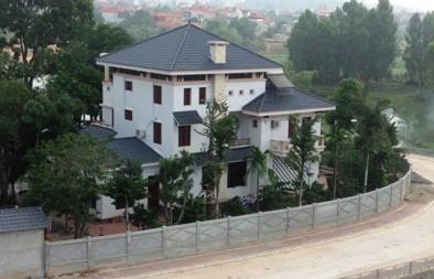 Gia đình cựu Phó Chủ tịch tỉnh Vĩnh Phúc chiếm đất xây biệt thự bị phạt tiền