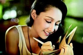 Nữ mạng tuổi Tý đừng ngại ngần thay đổi trong năm Ất Mùi