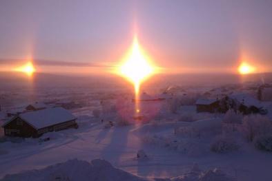 """Giải mã hiện tượng 'Mặt Trời bóng ma"""" tại Mông Cổ"""