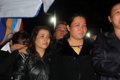 Xóm phụ nữ đơn thân khóc thương ông Nguyễn Bá Thanh