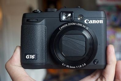 Cặp máy ảnh Canon 'hot' nhất trên thị trường đầu năm 2015