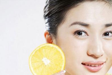 Bí quyết làm sáng da, sạch mụn từ vỏ cam