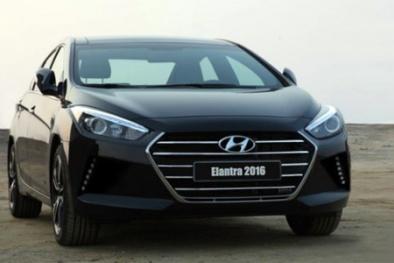 Hyundai Elantra 2016 lộ diện đầy bất ngờ