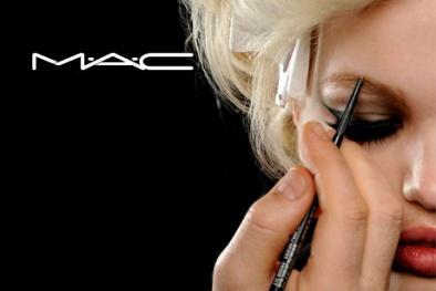 Những loại mỹ phẩm MAC được phái đẹp 'cưng chiều' nhất