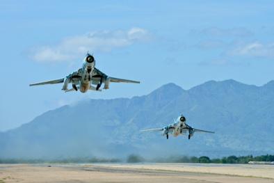 Đã có ngư dân nhìn thấy hai máy bay quân sự Su-22 rơi gần đảo Phú Quý
