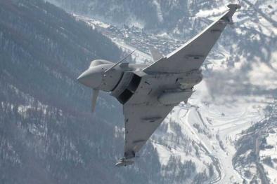 Tiêm kích Typhoon: 'Rồng bay tàng hình' Việt Nam muốn mua