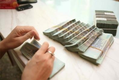 Lãi suất huy động tăng, người vay tiền dễ thiệt