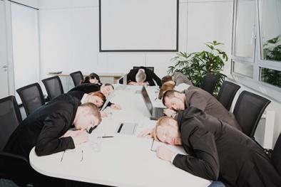 Những thói quen xấu làm giảm năng suất lao động