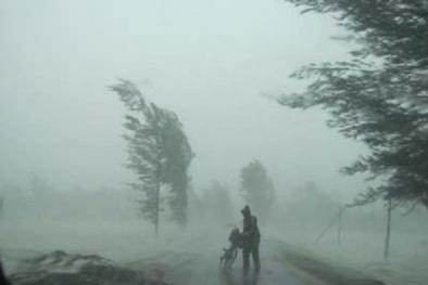 Quảng Ninh: Giảm 50% giá thuê khách sạn cho du khách mắc kẹt bão số 1