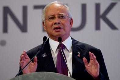 Thủ tướng Malaysia bác bỏ tin tham nhũng và dọa kiện báo Mỹ