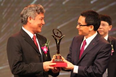 GIAO LƯU TRỰC TUYẾN: Cập nhật thông tin mới nhất về Giải thưởng Chất lượng Quốc gia 2015