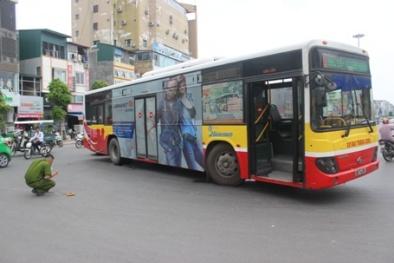 Hà Nội: Tài xế xe buýt bị đánh hội đồng vì va chạm với xe máy