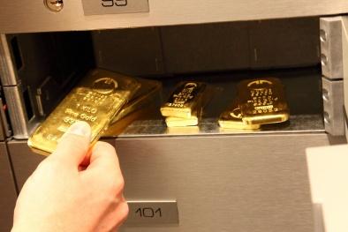 Giá vàng trong nước biến động dữ dội, dân bắt đầu quay lại mua vàng