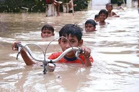 5 loại bệnh dễ 'tấn công' con người mùa mưa ngập?
