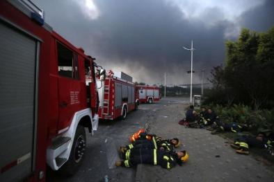 Vụ nổ ở Trung Quốc: 12 lính cứu hỏa hi sinh khi cứu người