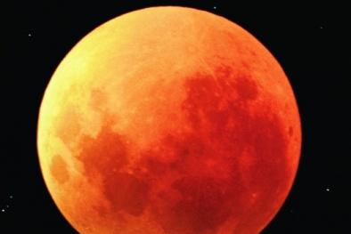 Hiện tượng siêu trăng và trăng máu xảy ra đồng thời trong tháng 9/2015