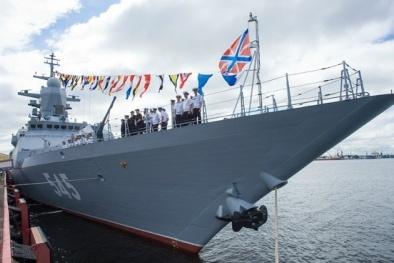 Uy lực dũng mãnh của ba tàu chiến Nga hạ gục tàu địch chớp nhoáng