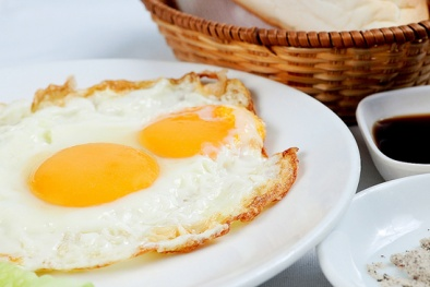 6 thực phẩm 'cực độc' khi ăn tái hoặc sống