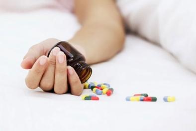 Các bước sơ cứu khẩn cấp khi bị ngộ độc thuốc ngủ