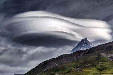 Mây khổng lồ hình đĩa bay tại Nga ám chỉ 'Ngày tận thế'?