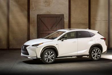 Toyota Highlander và Lexus RX 350 - mẫu xe SUV mạnh mẽ cho gia đình