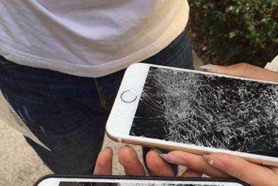 Thầy giáo 'đập' iPhone 6S Plus tan tành vì học sinh mải chơi