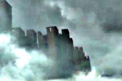Sau Trung Quốc, 'thành phố ma' trên mây bay đến Anh?