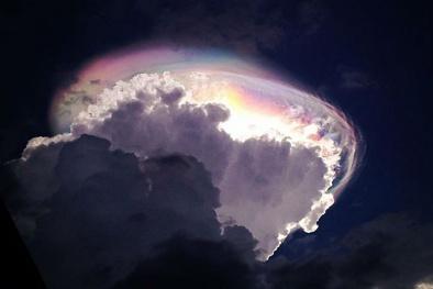 Sững sờ ngắm nhìn những đám mây độc đáo trên bầu trời