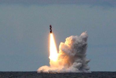'Quái vật đại dương' của Nga phóng thành công 2 tên lửa Bulava