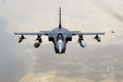 'Cuồng phong' Anh mang tên lửa nghìn đô không kích IS