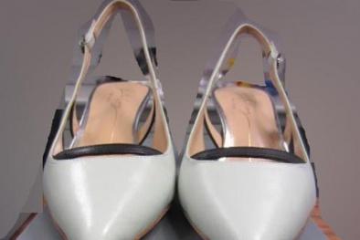 Thu hồi giày nữ Hồng Kông chứa hóa chất gây kích ứng da
