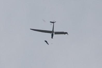 Hành khách rụng tim vì máy bay Boeing 737 gãy cánh giữa trời