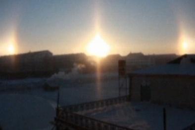 'Mặt Trời giả' với vầng sáng lớn xuất hiện tại Canada