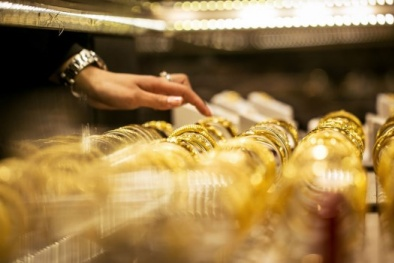 Giá vàng hôm nay ngày 5/1/2016 tăng mạnh do căng thẳng Trung Đông
